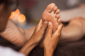 hand and foot reflexology for sciatica