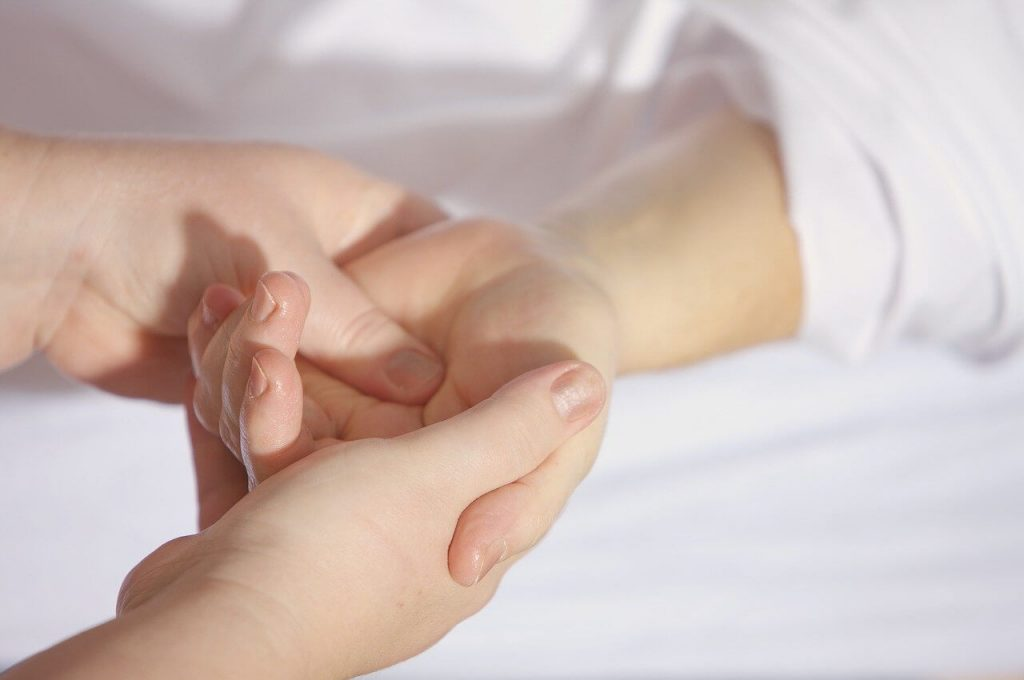 hand reflexology for constipation